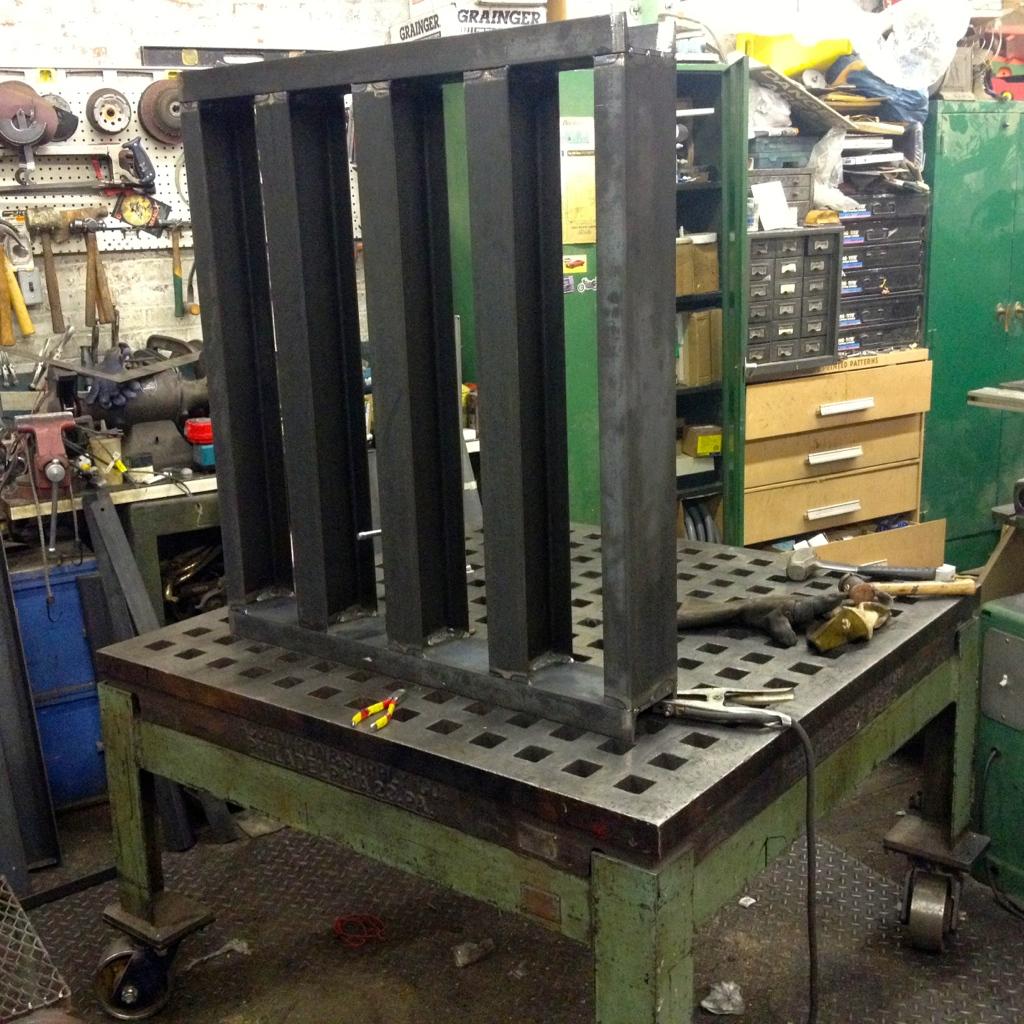 In progress platen for Hydraulic Press