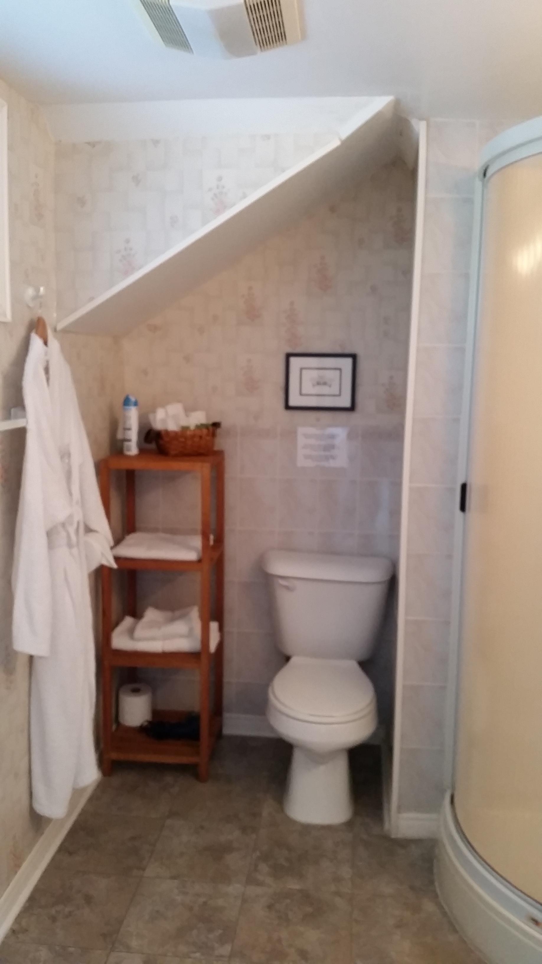 wisteria bathroom may.jpg