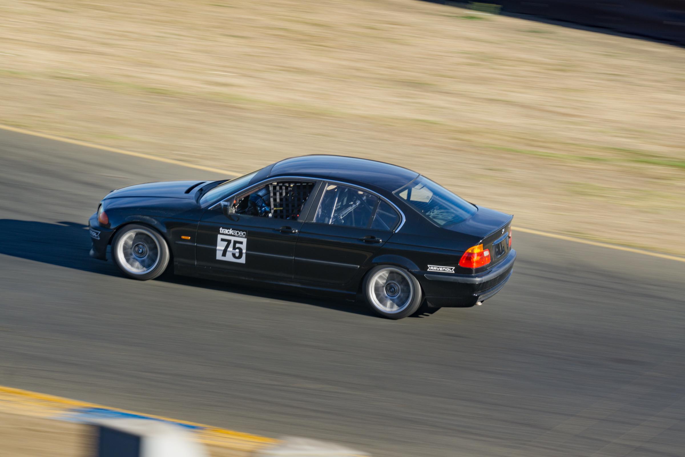 Jonathan Vo Trackspec Autosports BMW E46 330