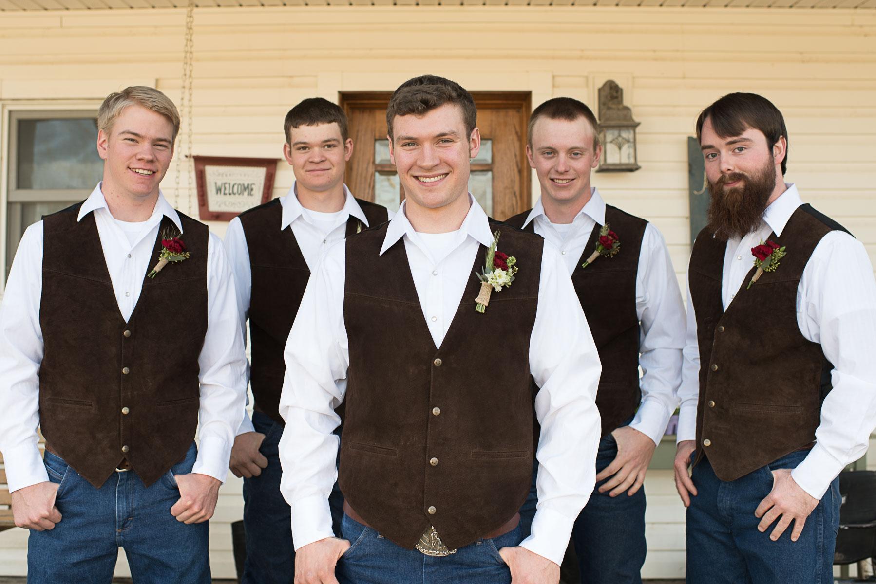 Austin Texas Wedding Photographer Barn Wedding at Nelson Farm in Manhattan Kansas-17.JPG