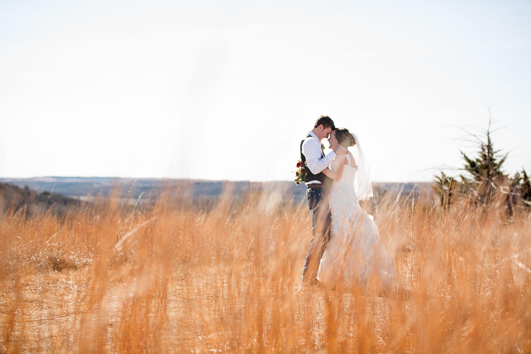 Austin Texas Wedding Photographer Barn Wedding at Nelson Farm in Manhattan Kansas-26.JPG