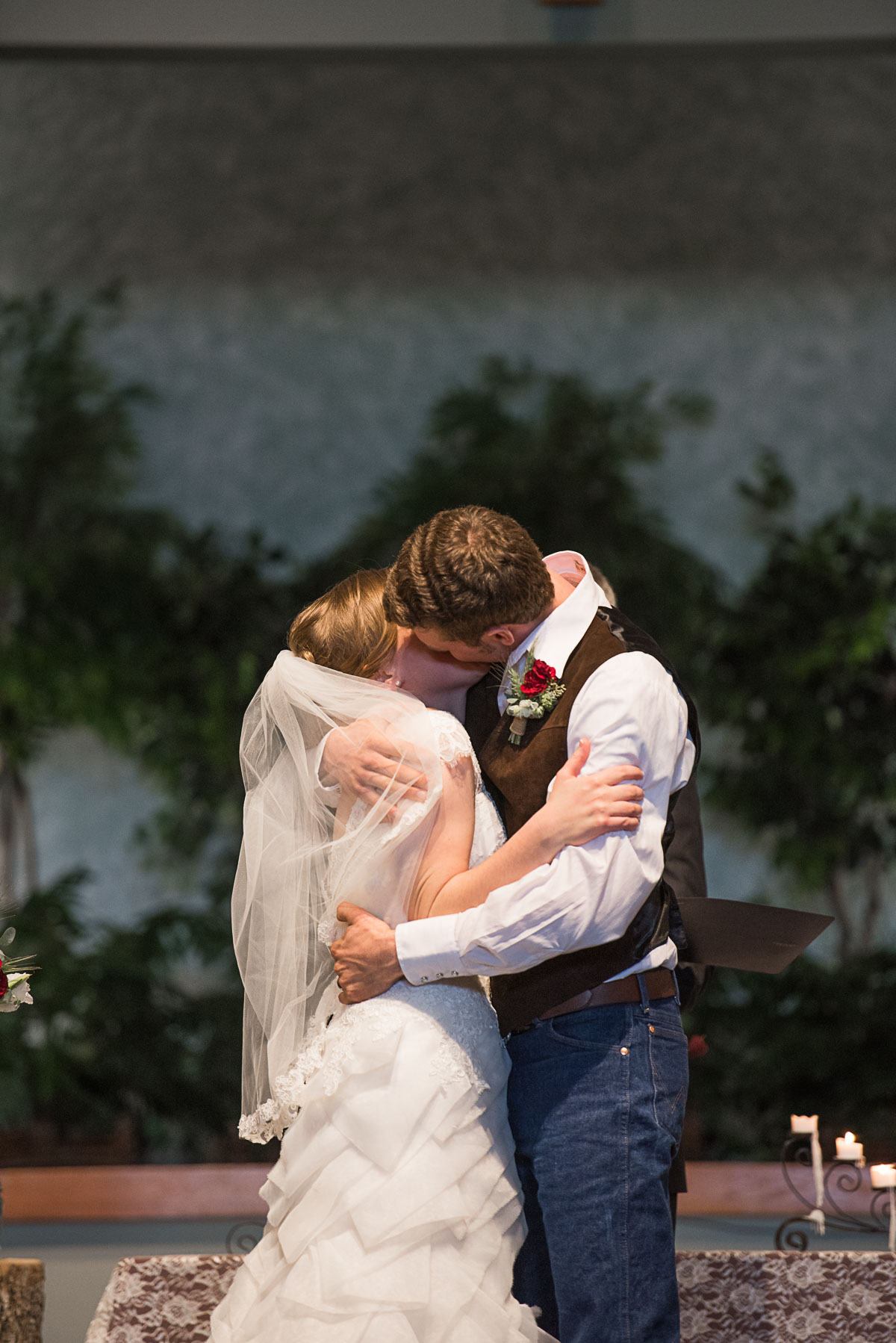 Austin Texas Wedding Photographer Barn Wedding at Nelson Farm in Manhattan Kansas-46.JPG