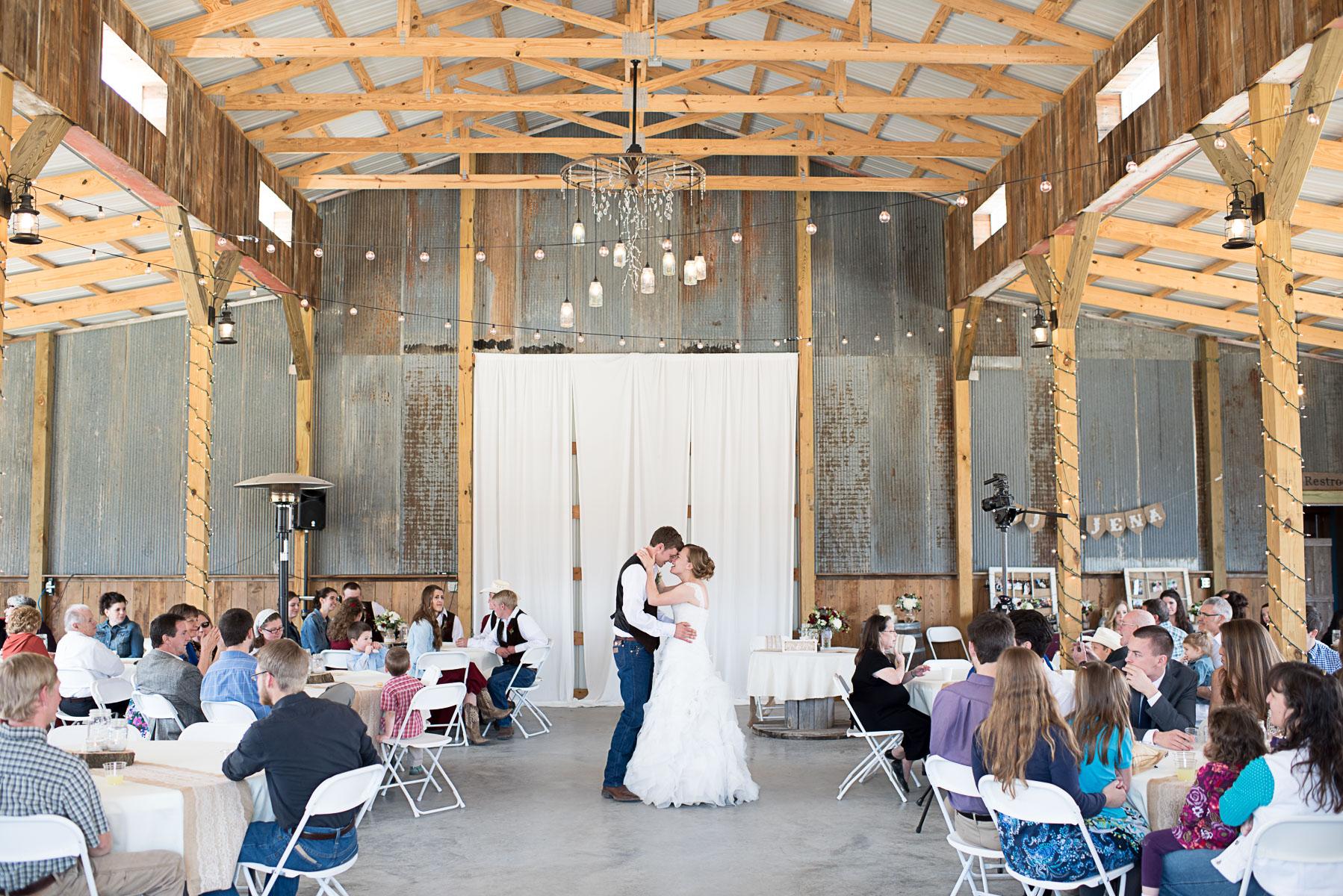 Austin Texas Wedding Photographer Barn Wedding at Nelson Farm in Manhattan Kansas-63.JPG