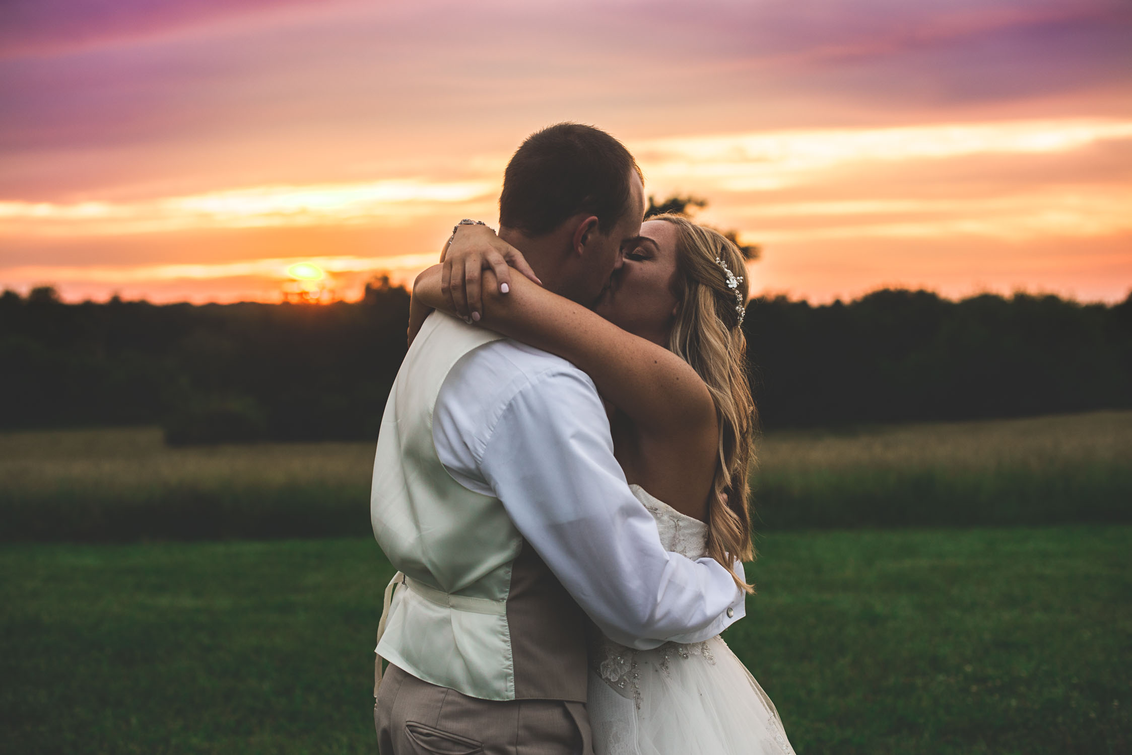 Rebecca and Andrew Sunset Wedding on Family farm Austin Wedding Photography-144.JPG