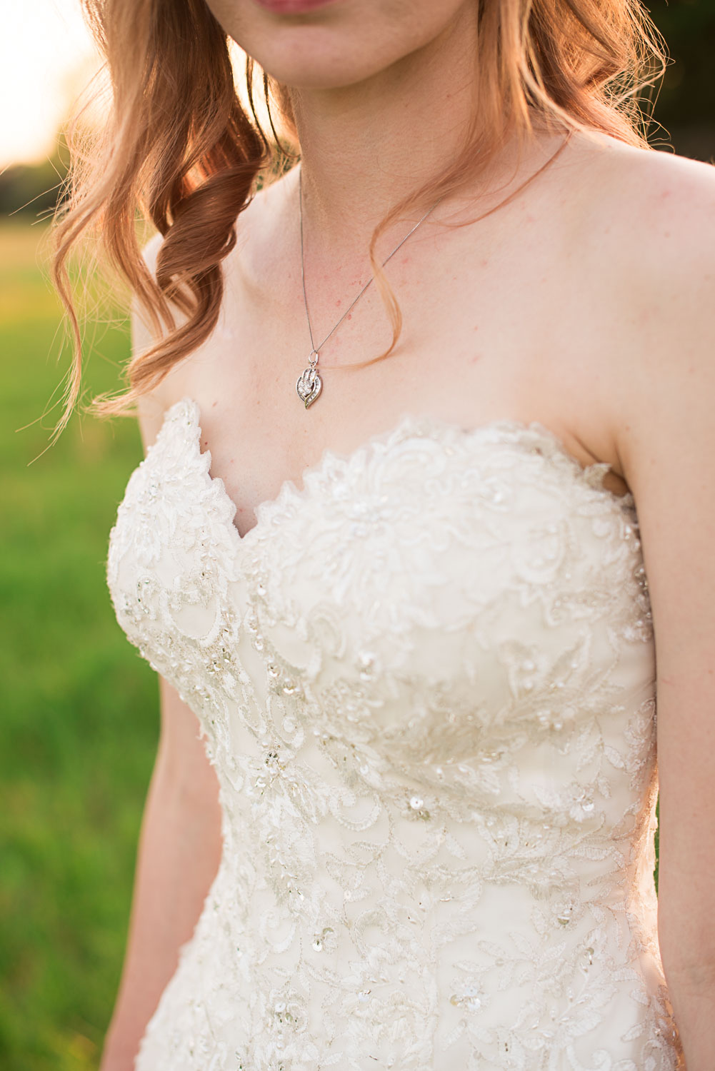 164 wedding necklace and dress details.jpg