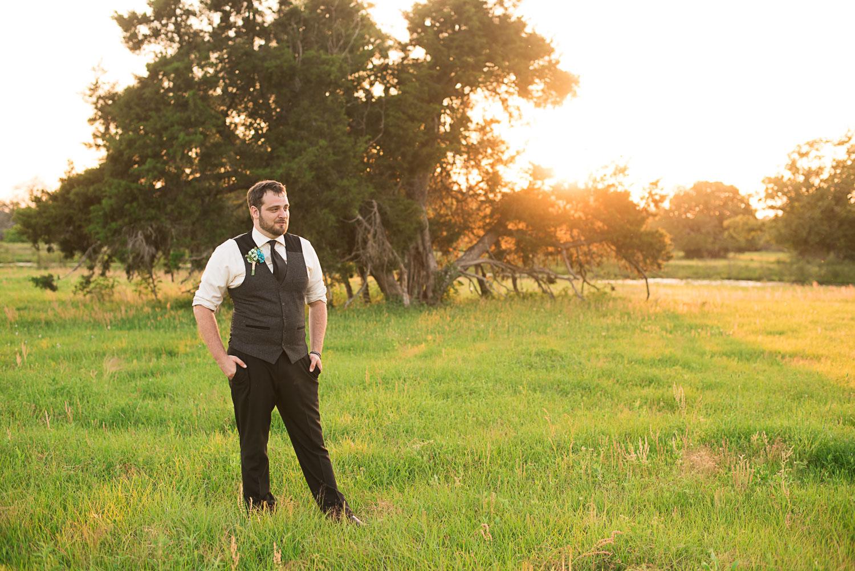 167 groom photography.jpg