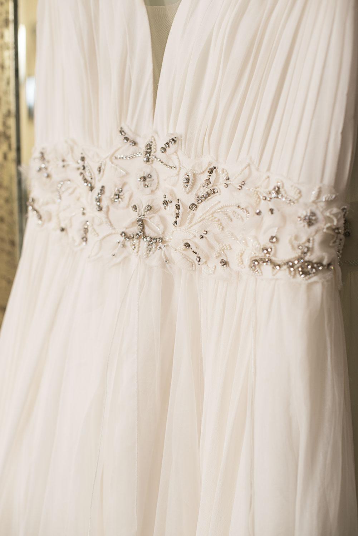 3 Spring Outdoor Wedding Dress.jpg
