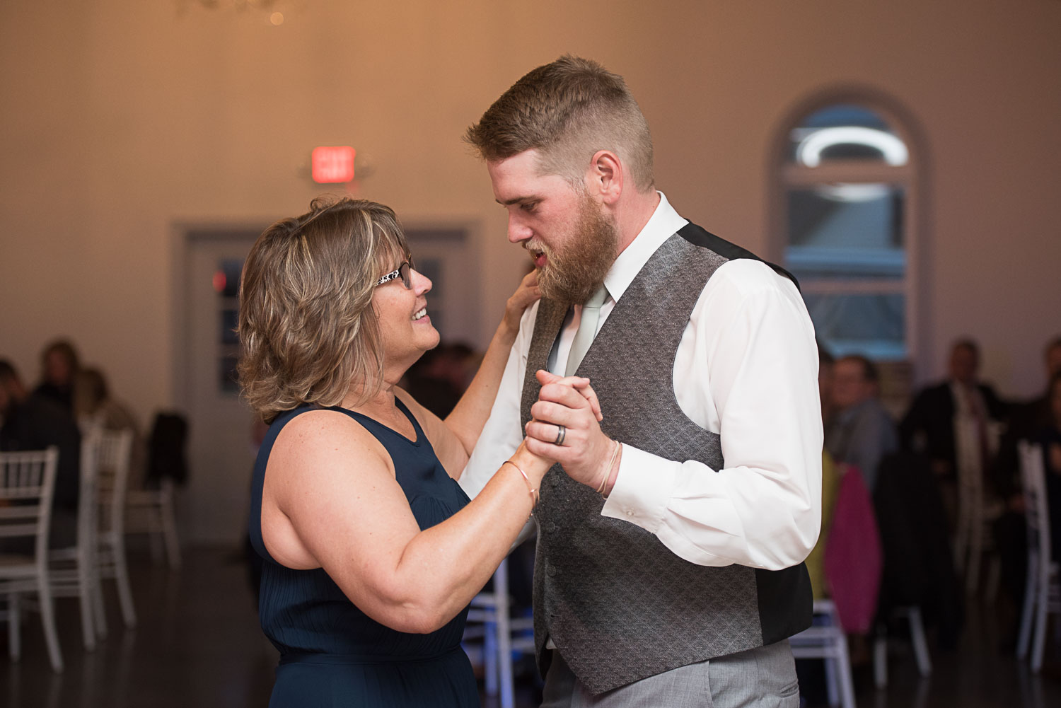 105 mother of the groom and groom dance.jpg