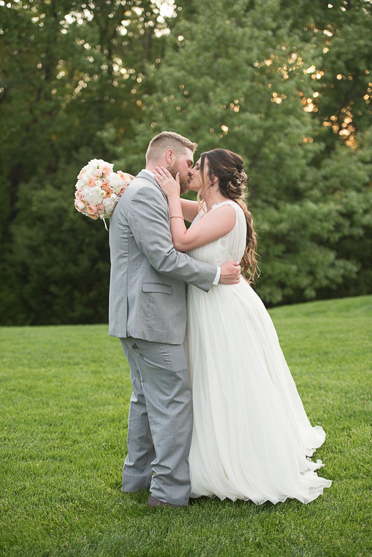 118 summer sunset outdoor wedding.jpg