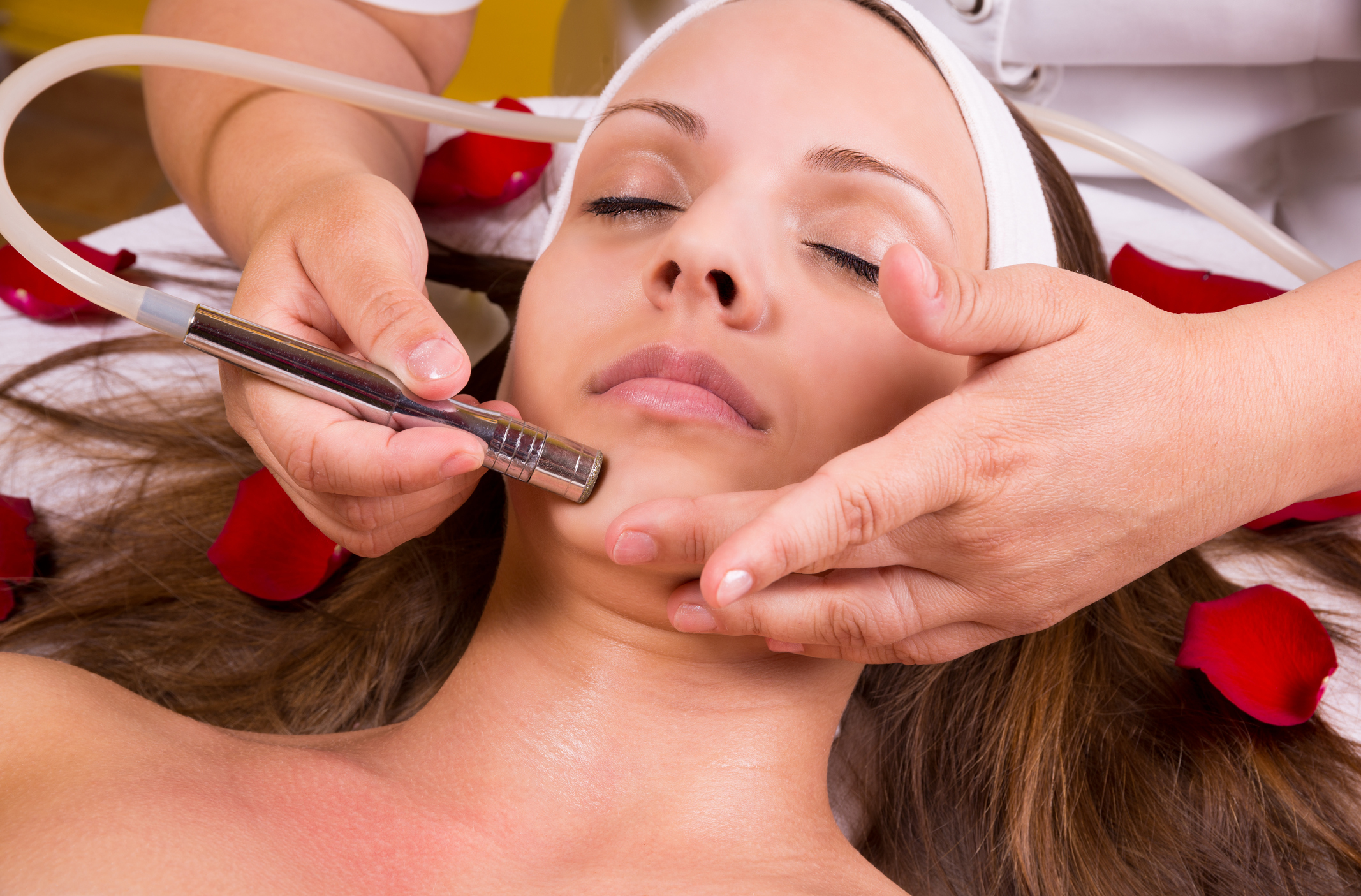 Microdermabrasion Facial - Need a treatment that targets wrinkles, acne scars, large pores, age spots and uneven skin tone?This relaxing yet invigorating facial exfoliates and removes the superficial layers of dry, dead skin cells to reveal younger, healthier looking skin.We use the best technology that helps speed up the skin renewal process by light therapy, exfoliation and vacuuming. Ideal pre-IPL (photo facial) treatment $150