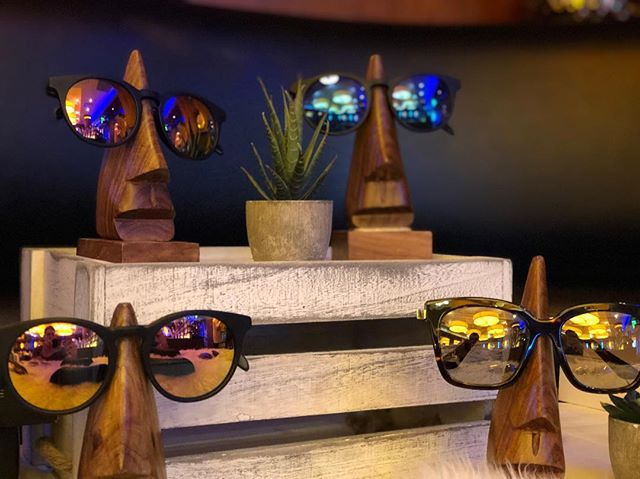 International Gifting Company sunglasses bar, corporate gifting, events, outdoor events, special occasion