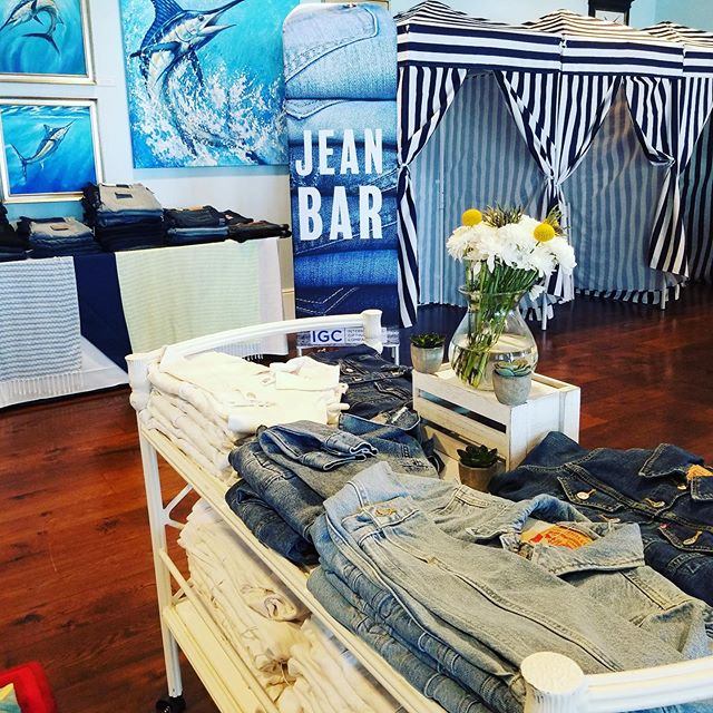 Wave 4 of our fabulous jean bar in Charleston today! 2 more waves of happy guests to come this month .jpg