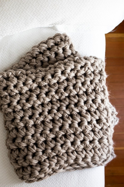 crochet-blanket-beauty-5105-1.jpg