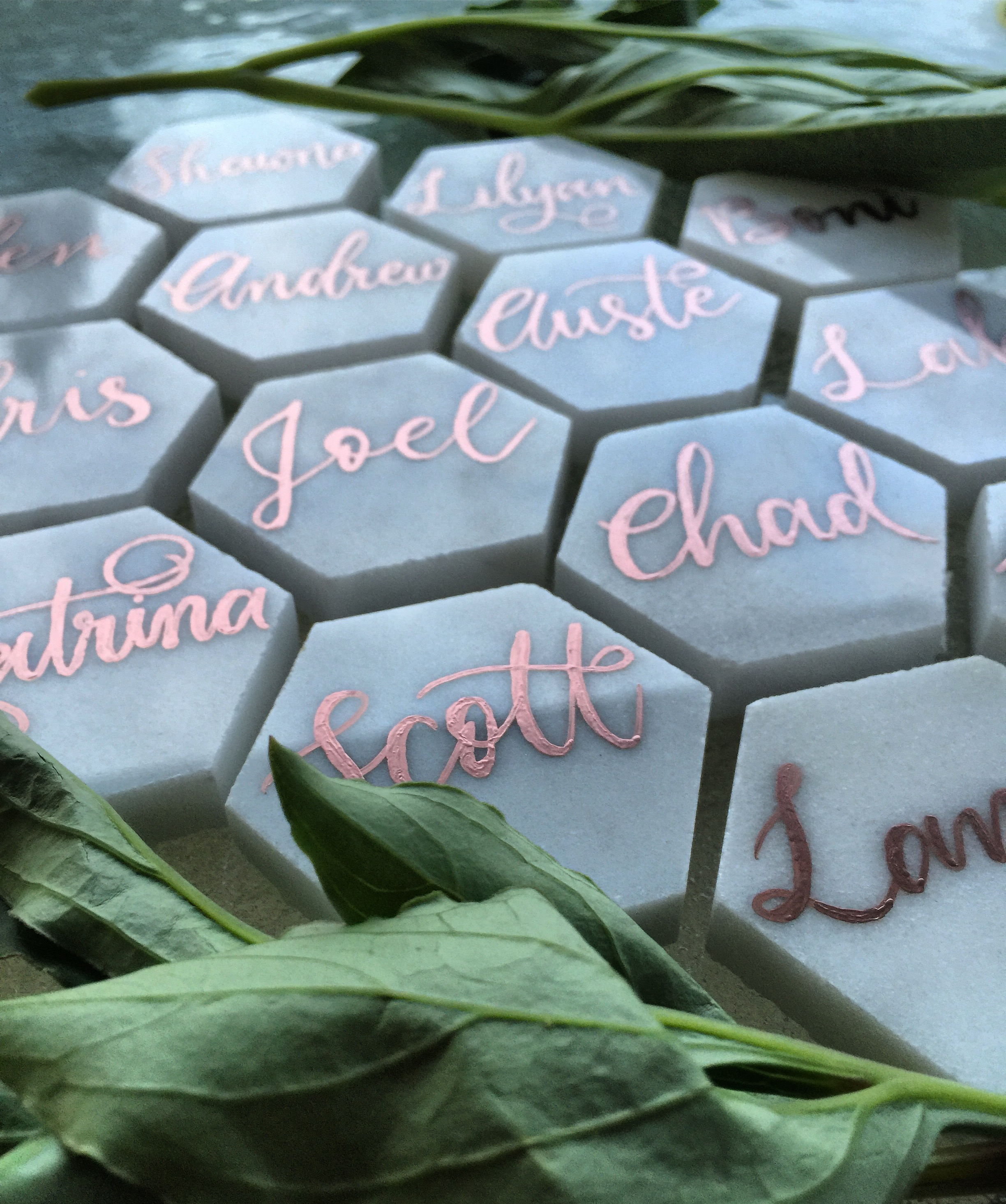 custom marble hexagon place cards by yours truly