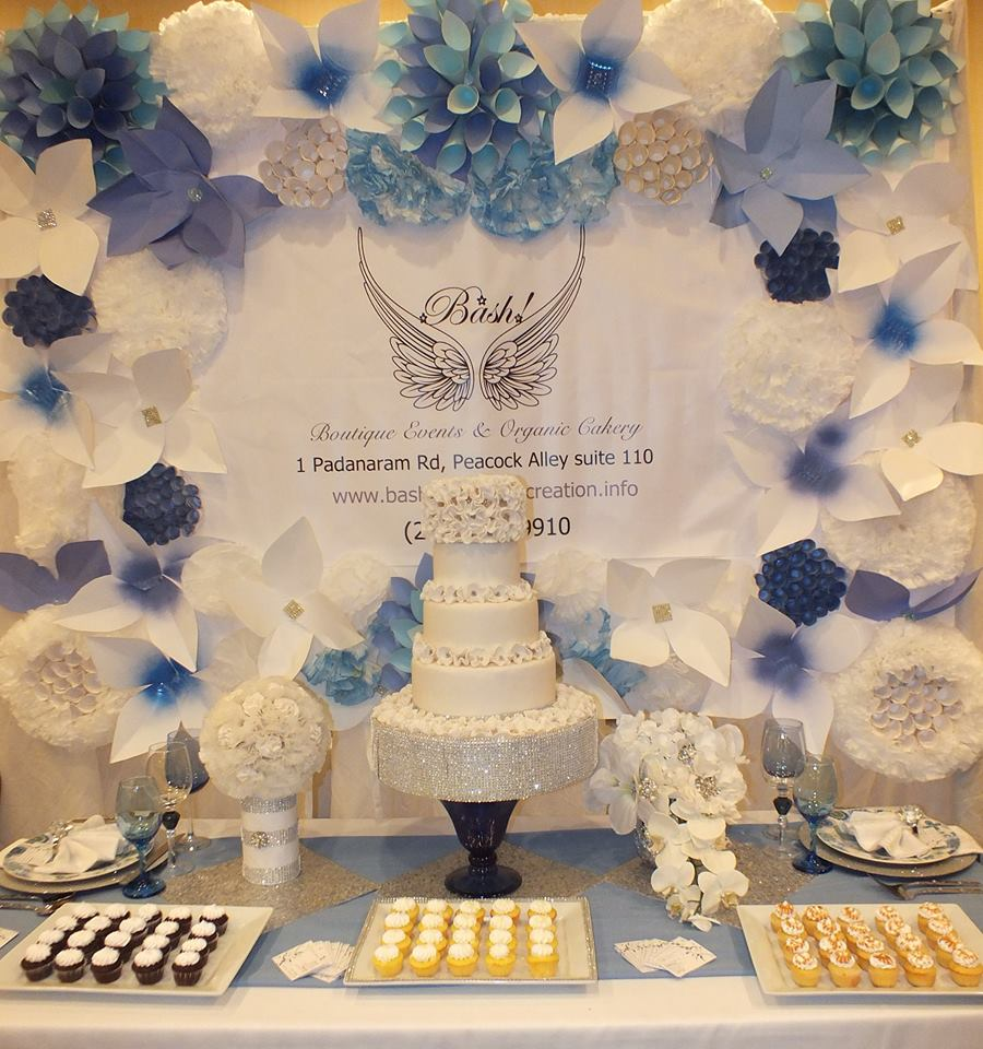 blue table scape.jpg
