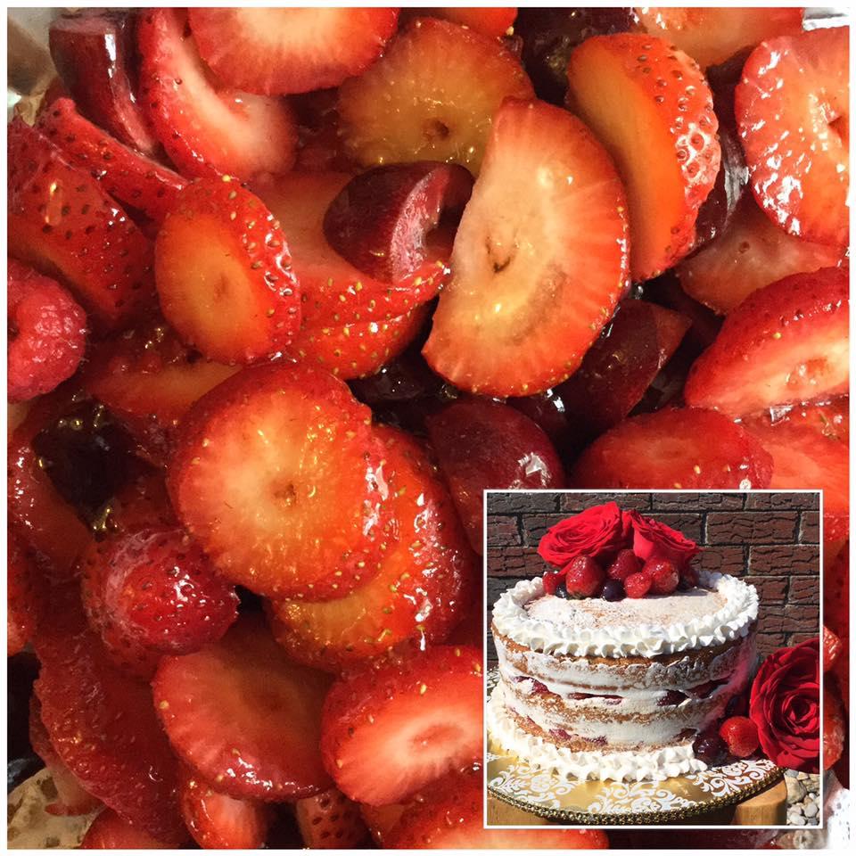 strawberry delight cake.jpg