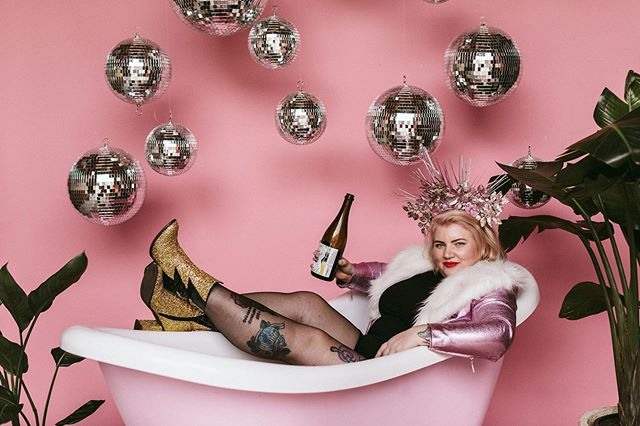 Here I am just sipping Prosecco in a bath tub at @gooddayclub_au @goldandgrit #ConfettiDisco head shot day 💖🛁🍾 We have another one of these amazeballs days coming up on the 13th of September and the theme is Crazy Plant Person! Photography by @goldandgrit  Styling by @gooddayclub_au  Floristry & flower crowns by @goodgraceandhumour  And makeup by me! Jump on the Good Day website to book your spot!  #crazyplantperson #photoshoot #headshots #colourful