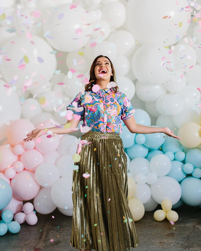Such fun being part of this shoot! Thanks for having me on the team @hooraymag  If you love your cake decorating check out these fabulous paints from @sweetsticksau 💖❤️🧡💛💚💙💜 Hair and makeup: @julzmayberryhmua  Styling + Planning: @hooraymag Photography: @kas.richards  Decorative Cake paint: @sweetsticksau Cakes: @sweetbakes_ Florals: @flowersbybrettmatthewjohn Venue: @40_rd Balloons: @theprettyballoonco Party products: @favorlaneparty + @rubyrabbitparty Hire products: @thepartystyleco + @thesmallthingsco Cake toppers and signage: @glisteningoccasions_ Clothing: @littlepartydress + @glamcornerau