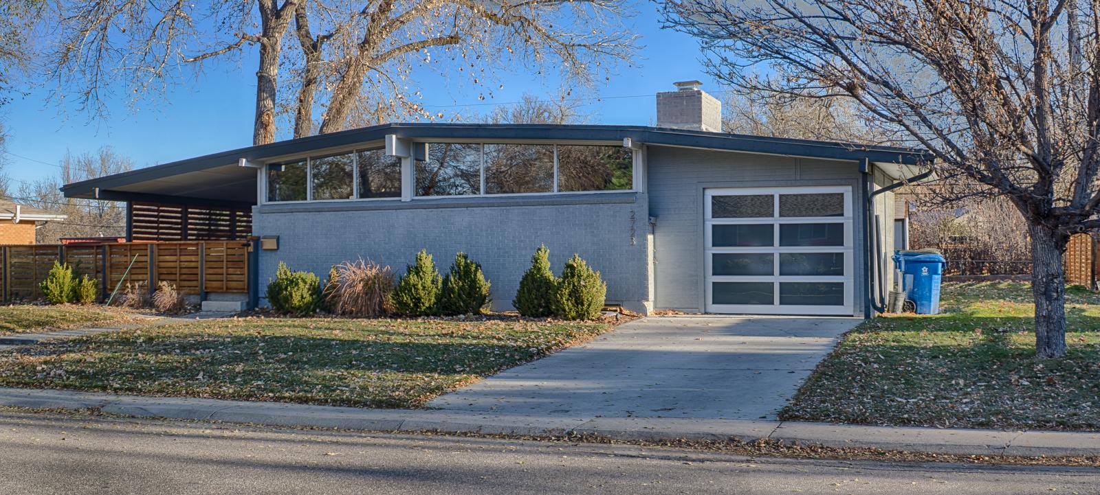 Adrian-Kinney-Dream-House-Acres-11.jpg