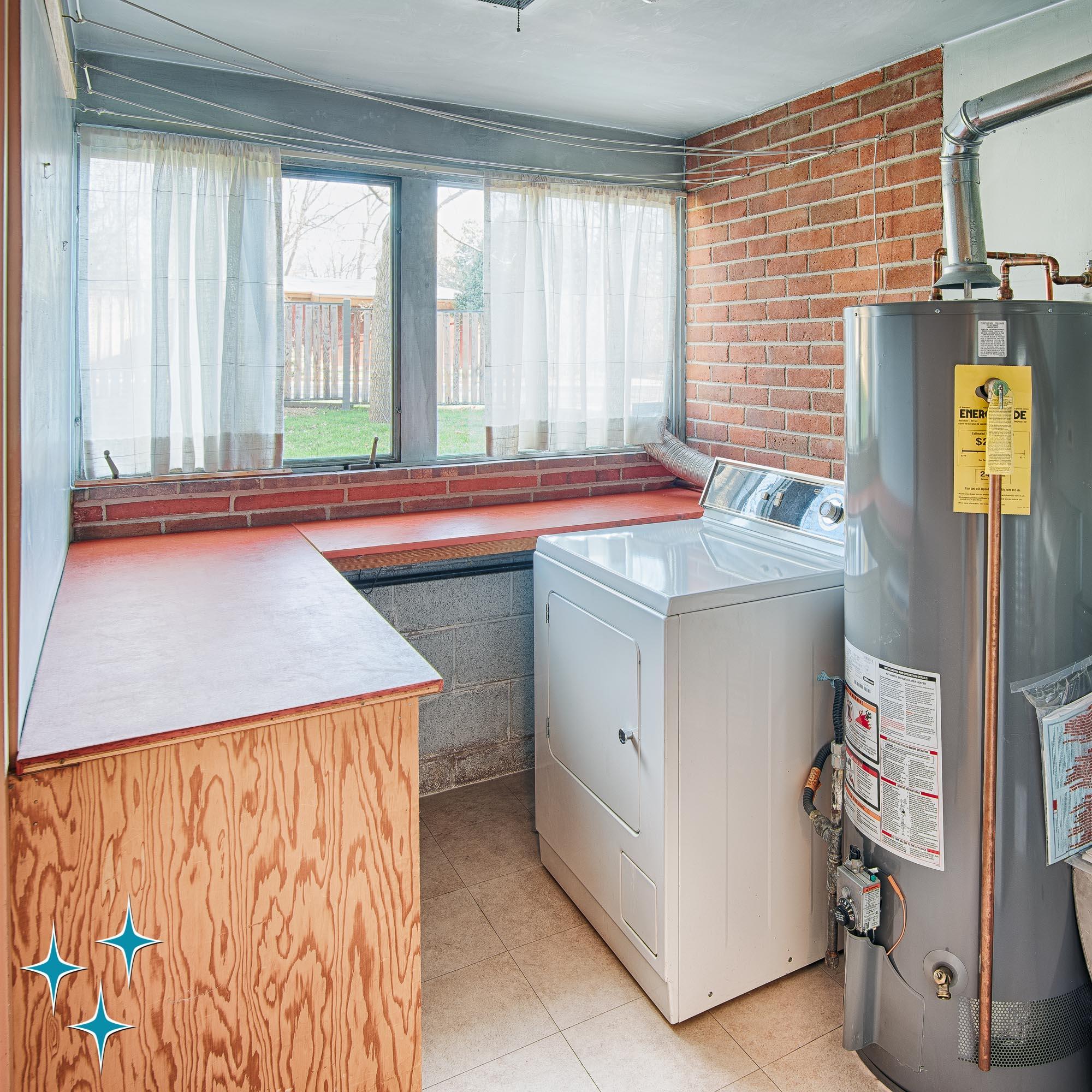 Adrian-Kinney-2403-S-Dahlia-Lane-Eugene-Sternberg-2000w50-3swm-38.jpg