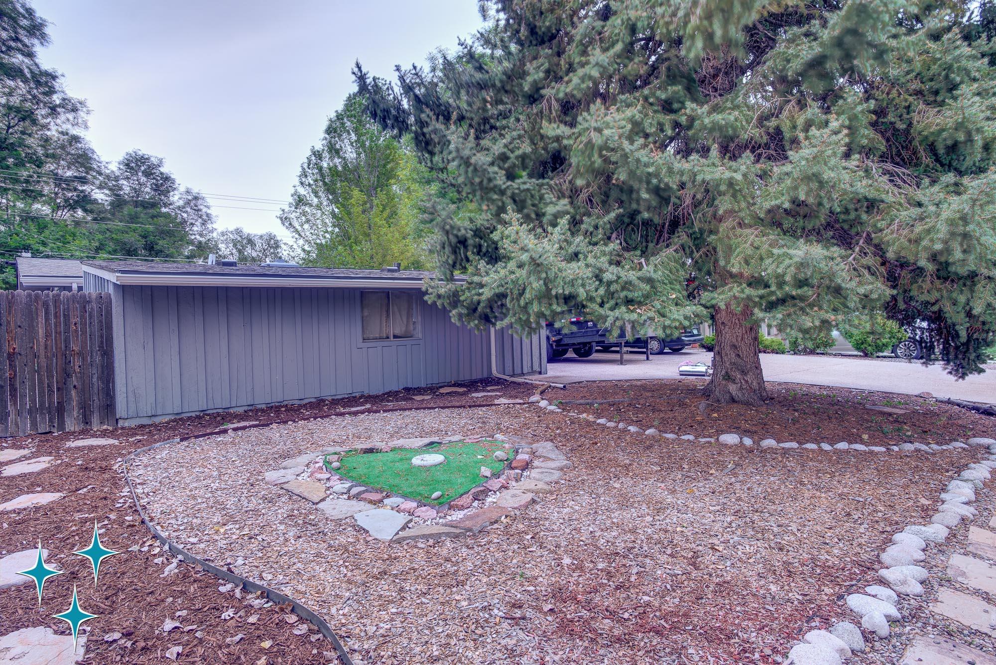 Adrian-Kinney-2360-S-Newton-Street-Denver-Cliff-May-Harvey-Park-2000w50-3SWM--4.jpg