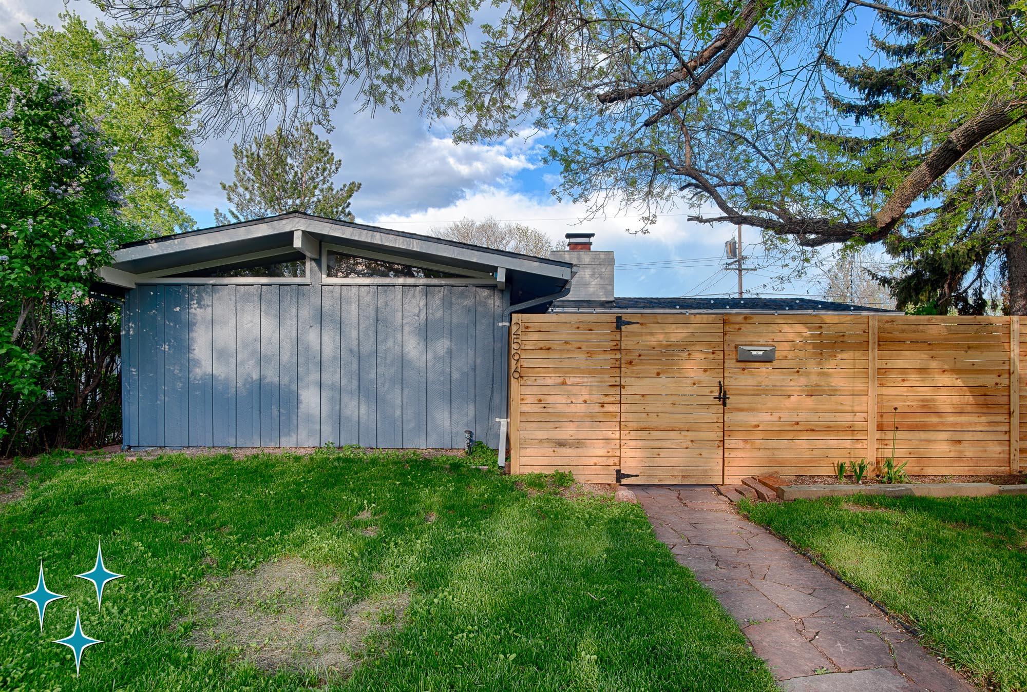 Adrian-Kinney-2596-S-Osceola-Street-Denver-Cliff-May-Harvey-Park-2000w50-3SWM-4.jpg