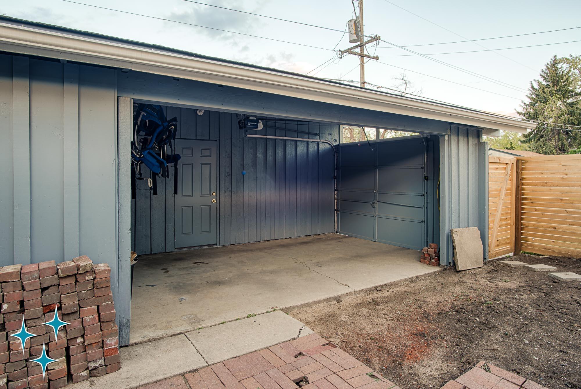 Adrian-Kinney-2596-S-Osceola-Street-Denver-Cliff-May-Harvey-Park-2000w50-3SWM-32.jpg