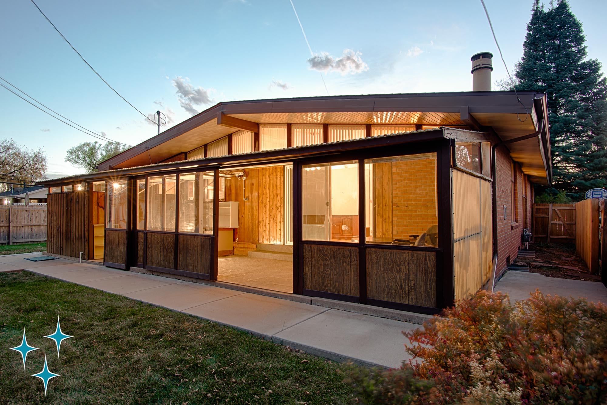 Adrian-Kinney-4155-W-Iliff-Avenue-Denver-r-Carey-Holiday-Home-2000w50-3SWM-4.jpg