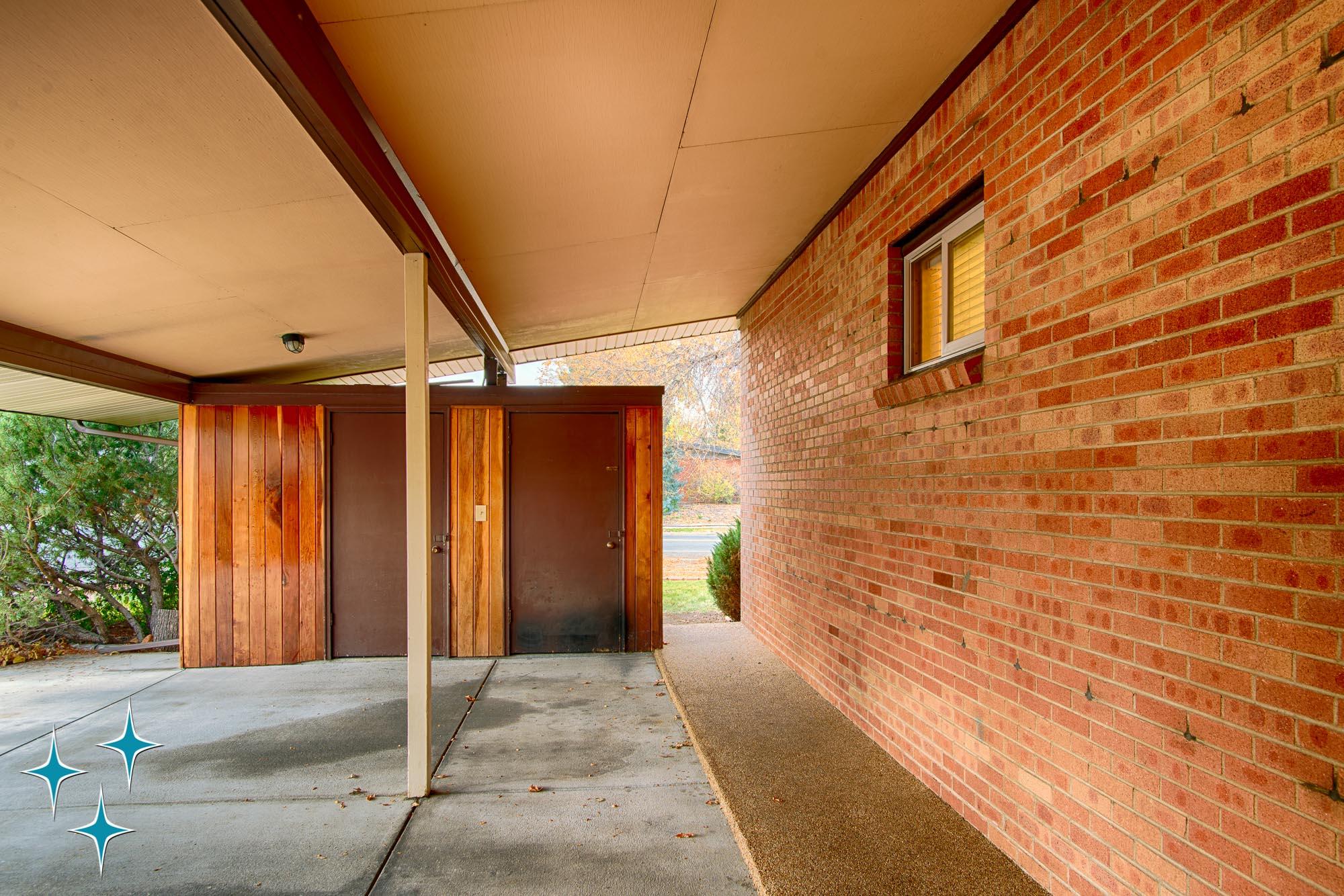 Adrian-Kinney-4155-W-Iliff-Avenue-Denver-r-Carey-Holiday-Home-2000w50-3SWM-5.jpg
