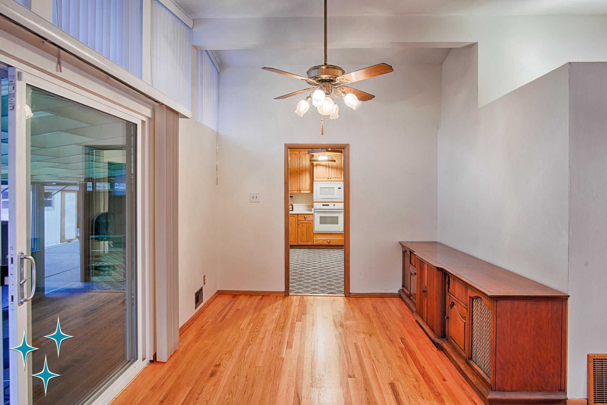 Adrian-Kinney-4155-W-Iliff-Avenue-Denver-r-Carey-Holiday-Home-2000w50-3SWM-11.jpg