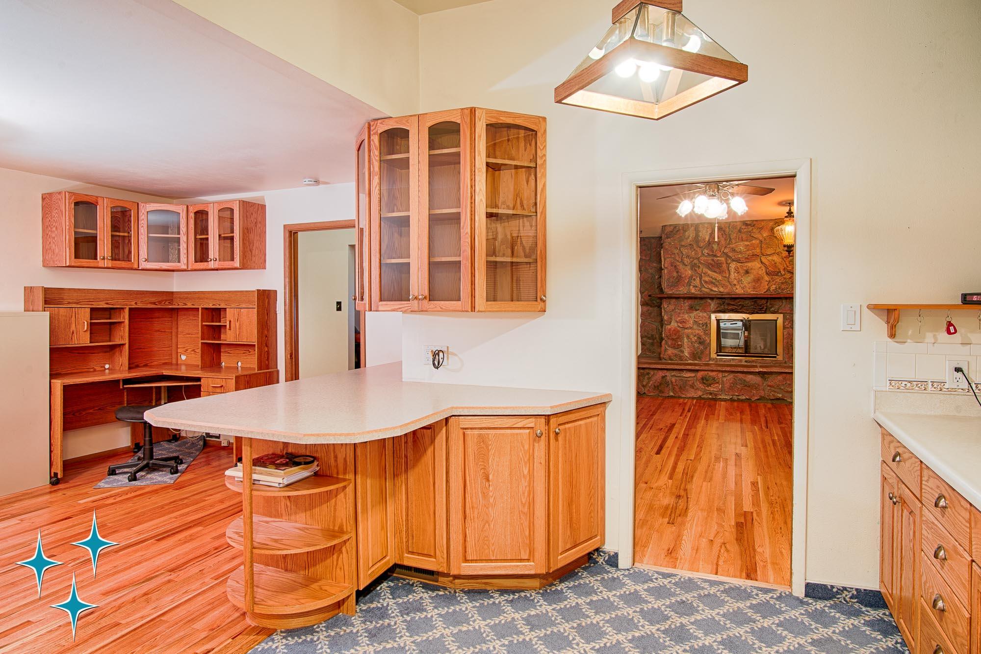 Adrian-Kinney-4155-W-Iliff-Avenue-Denver-r-Carey-Holiday-Home-2000w50-3SWM-13.jpg