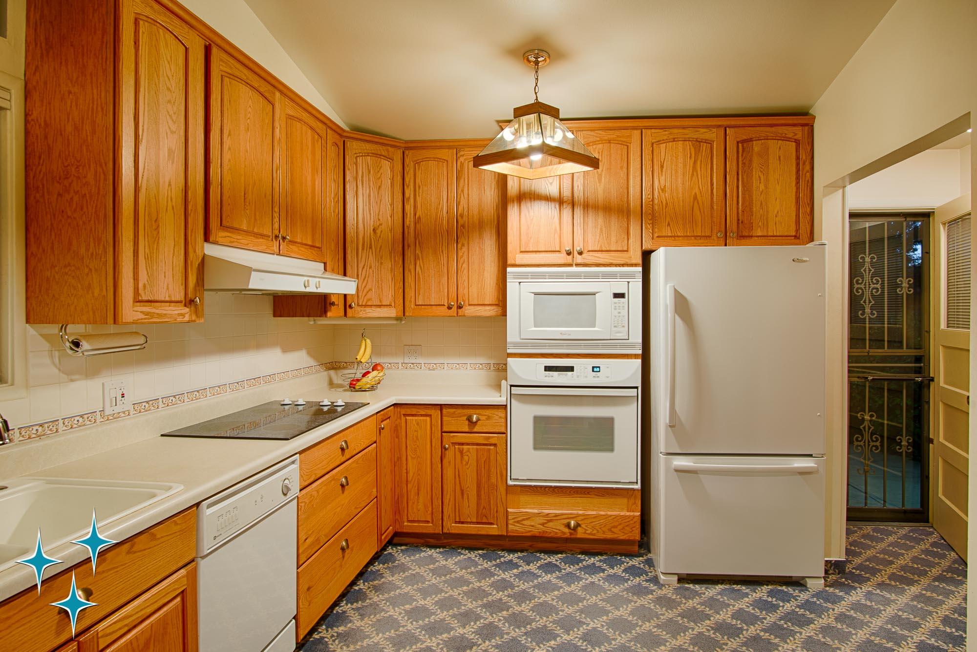 Adrian-Kinney-4155-W-Iliff-Avenue-Denver-r-Carey-Holiday-Home-2000w50-3SWM-14.jpg