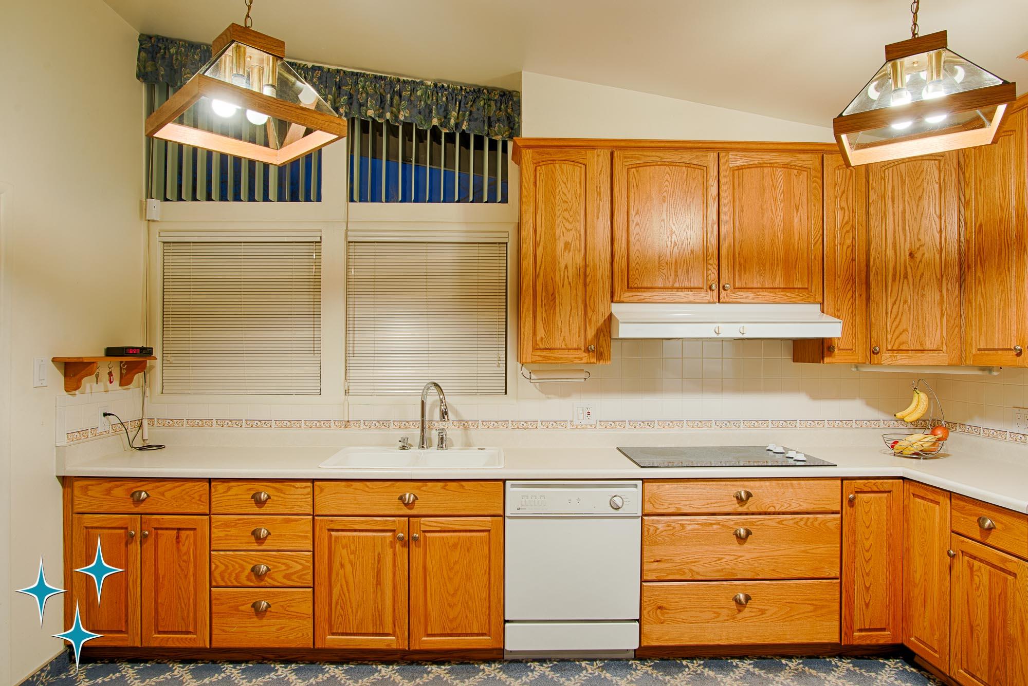 Adrian-Kinney-4155-W-Iliff-Avenue-Denver-r-Carey-Holiday-Home-2000w50-3SWM-15.jpg