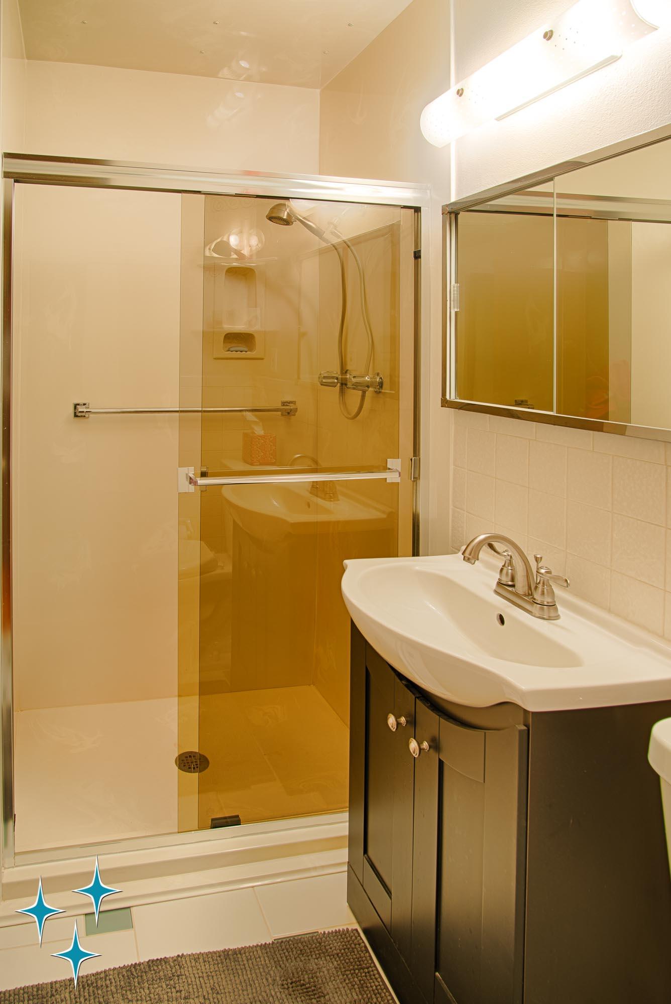 Adrian-Kinney-4155-W-Iliff-Avenue-Denver-r-Carey-Holiday-Home-2000w50-3SWM-31.jpg