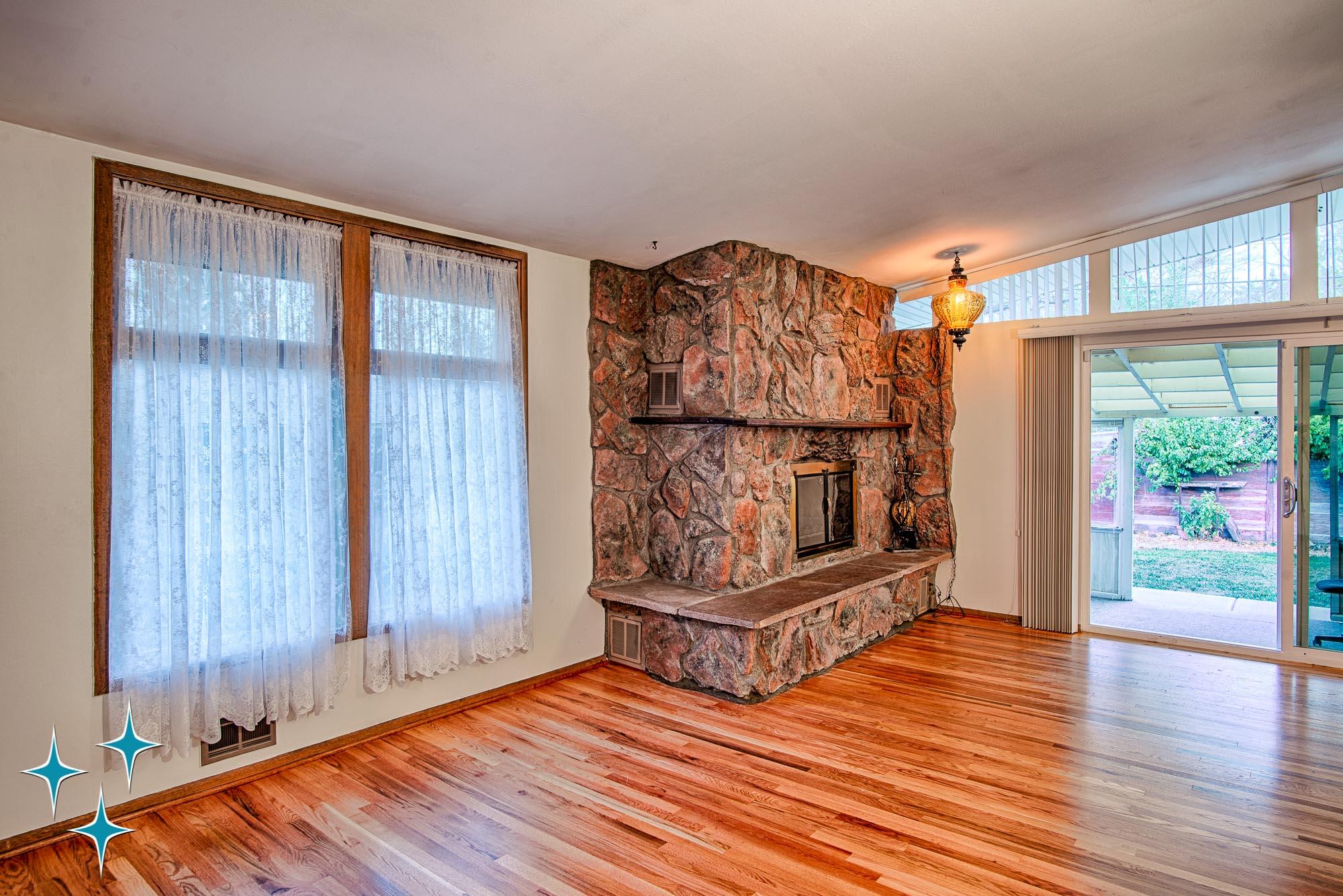 Adrian-Kinney-4155-W-Iliff-Avenue-Denver-r-Carey-Holiday-Home-2000w50-3SWM-30.jpg