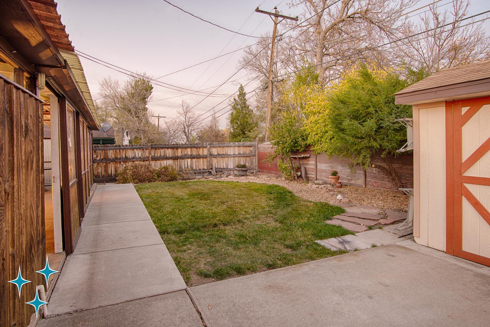 Adrian-Kinney-4155-W-Iliff-Avenue-Denver-r-Carey-Holiday-Home-2000w50-3SWM-38.jpg