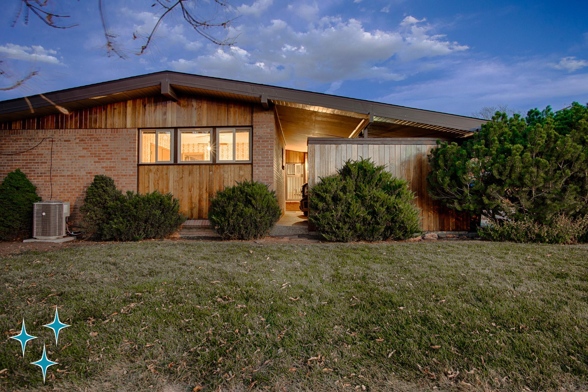 Adrian-Kinney-4155-W-Iliff-Avenue-Denver-r-Carey-Holiday-Home-2000w50-3SWM-39.jpg