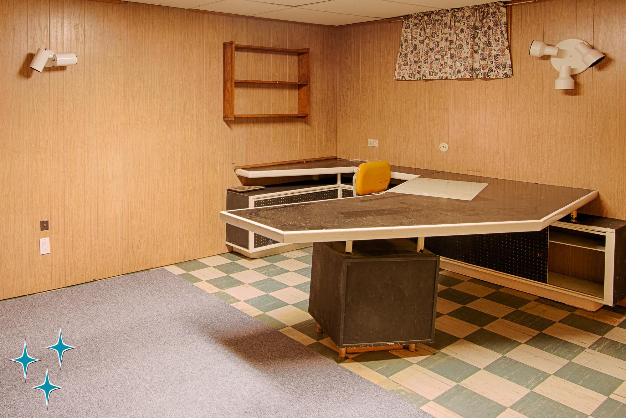 Adrian-Kinney-4155-W-Iliff-Avenue-Denver-r-Carey-Holiday-Home-2000w50-3SWM-46.jpg