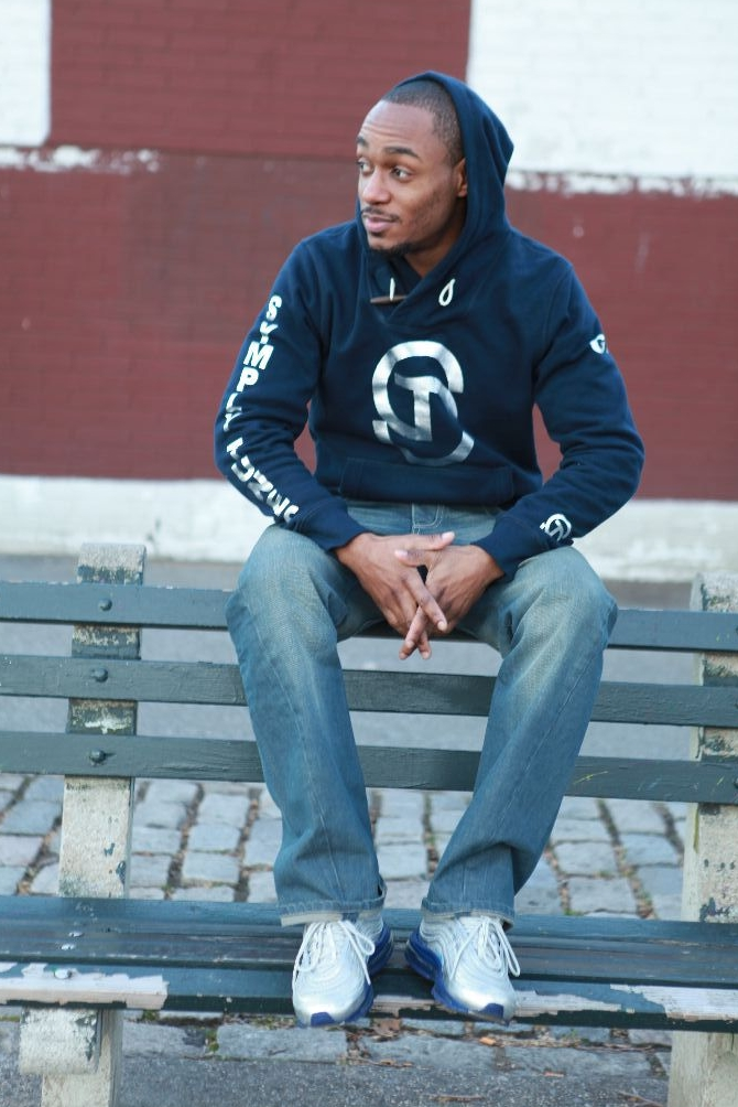 01. Symply Tunes - Blue And Silver Pullover Hoodie.JPG