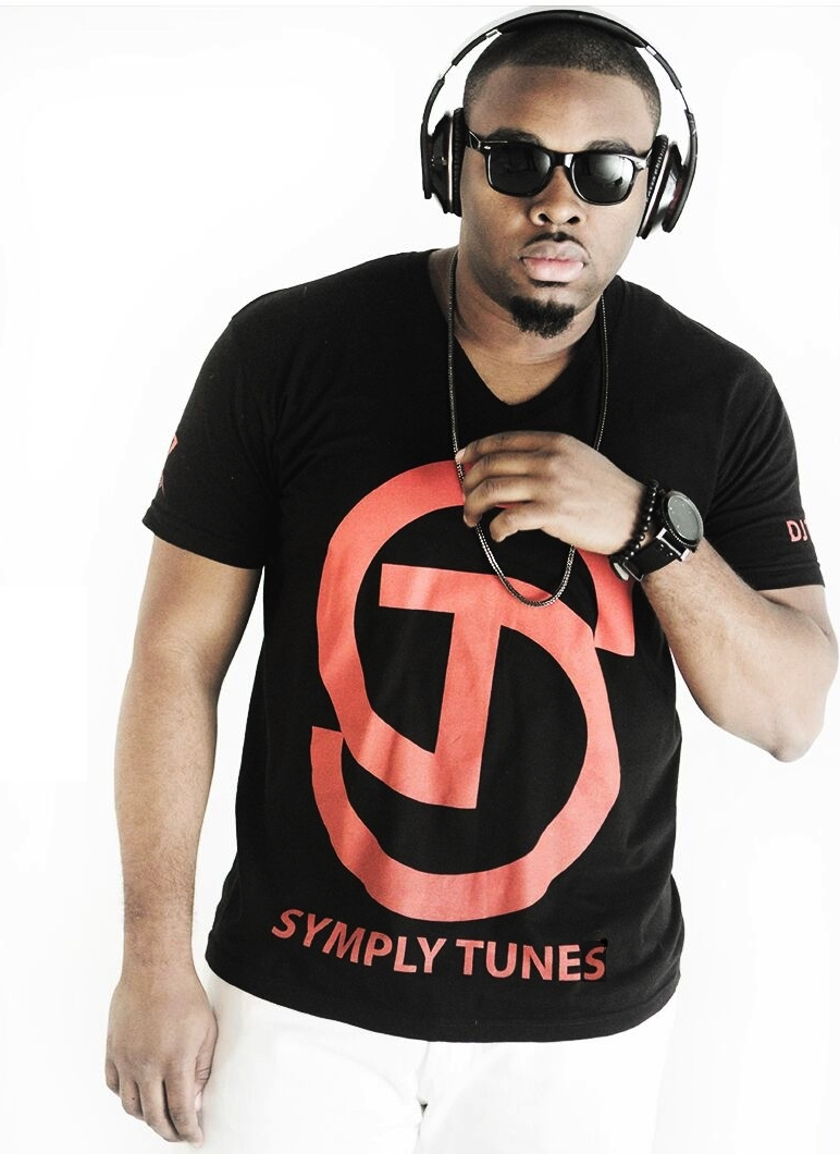 04. SymplyTunes - Black and Red T-Shirt.jpg