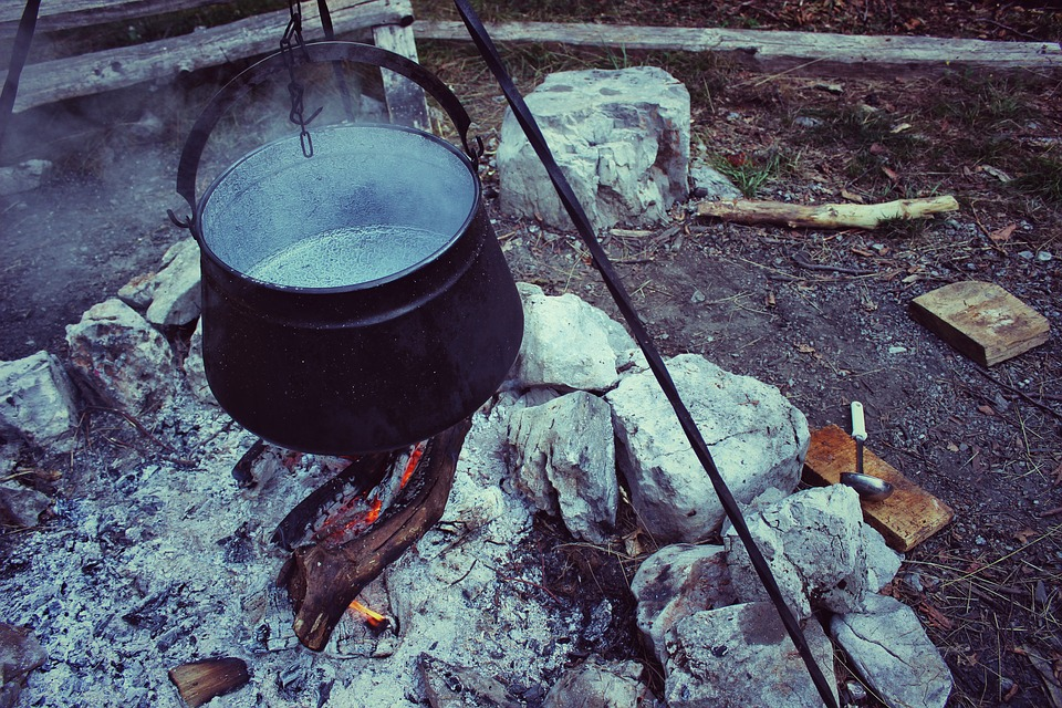 Cannibal-Sized Cook Pots