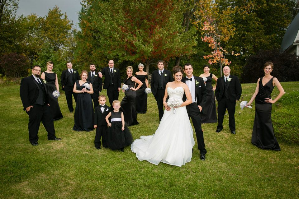 maria comeplete bridal party group pose.jpg