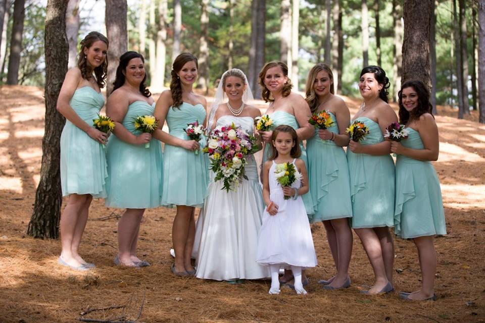 Jessica - Great photo bride and maids.jpg