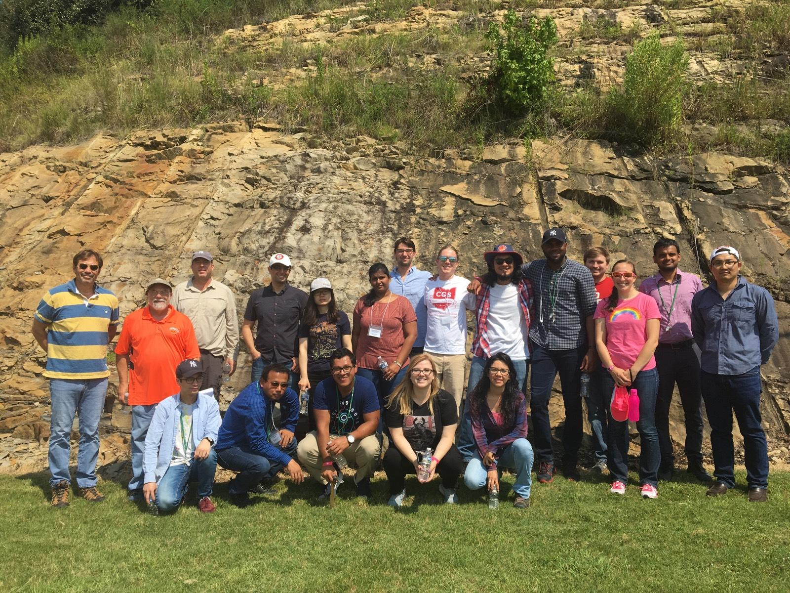 Students and RECS faculty gathered at several rock outcrops near Birmingham, Alabama, to learn about rocks applicable to geologic carbon sequestration.