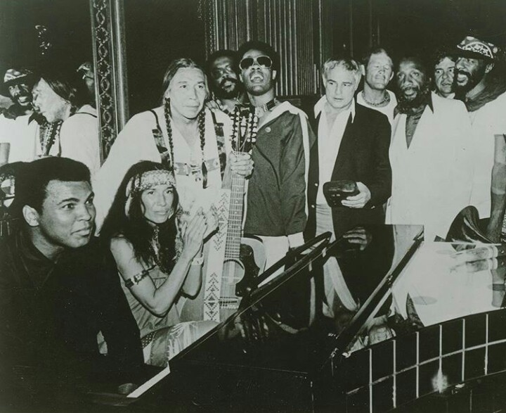 The Longest Walk, 1978. Muhammad Ali, Buffy Sainte-Marie, Floyd Red Crow Westerman, Harold Smith, Stevie Wonder, Marlon Brando, Max Gail, Dick Gregory, Richie Havens and David Amram at the concert at the end of the Longest Walk, a 3,600-mile protest march from San Francisco to Washington, D.C., in the name of the Native rights.