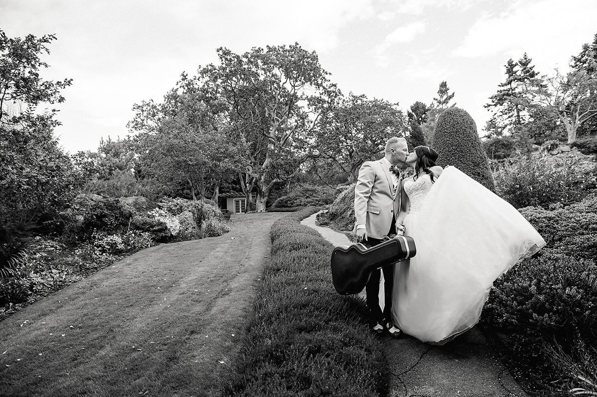 elopement_weddings_abkhazigardens28.jpg