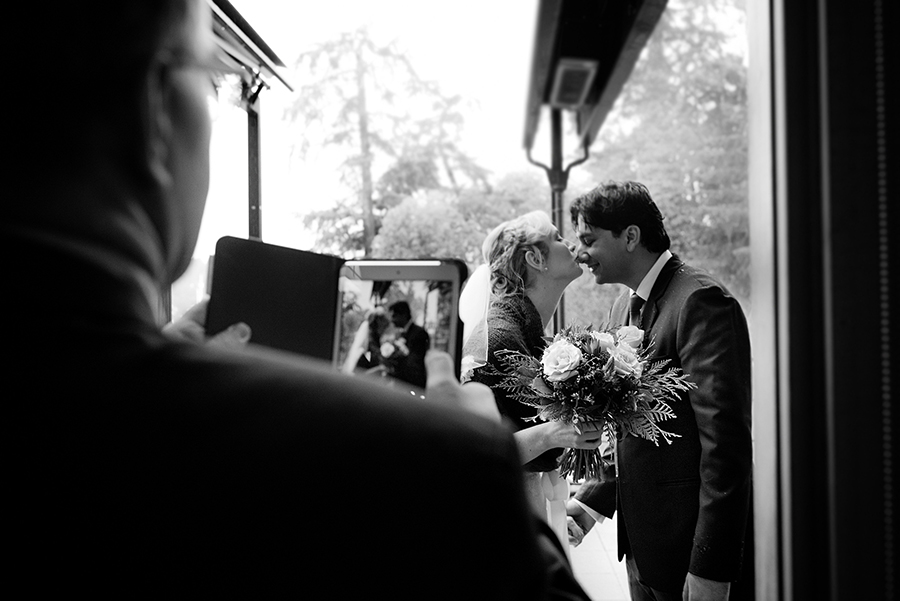 48523_220-victoria-wedding-photographer.jpg