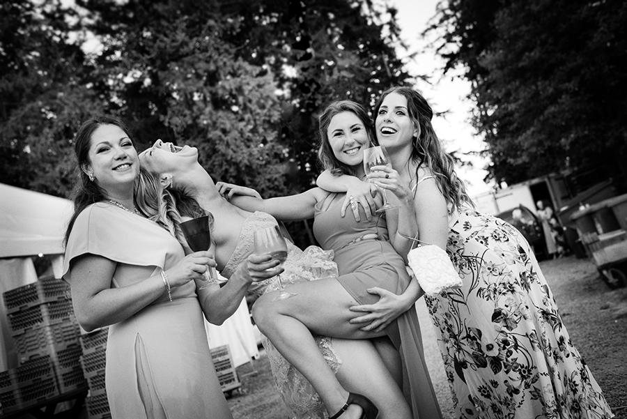 33544_431_creative-wedding-photographer.jpg
