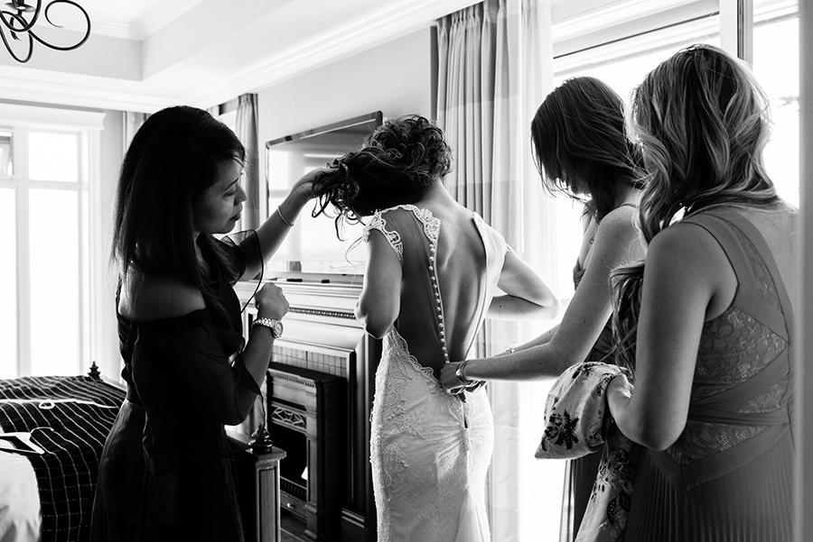05550_020-2_storytelling-wedding-photographer.jpg