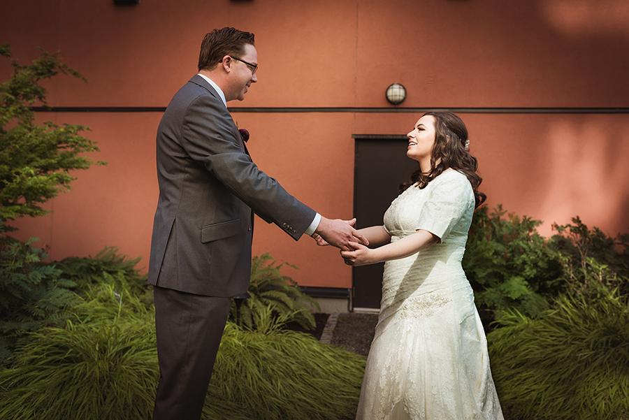 552_019_storytelling-wedding-photographer.jpg
